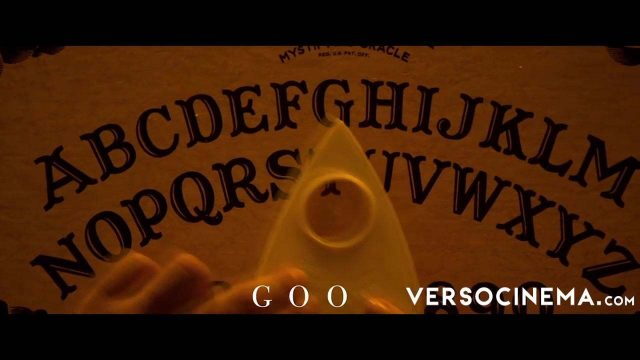 Verso – Playing the Ouija Board